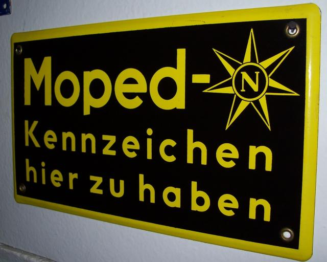 n-moped.jpg