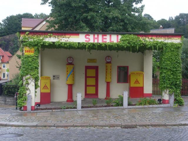 shell tankstelle in kamenz schilderjagd alte. Black Bedroom Furniture Sets. Home Design Ideas