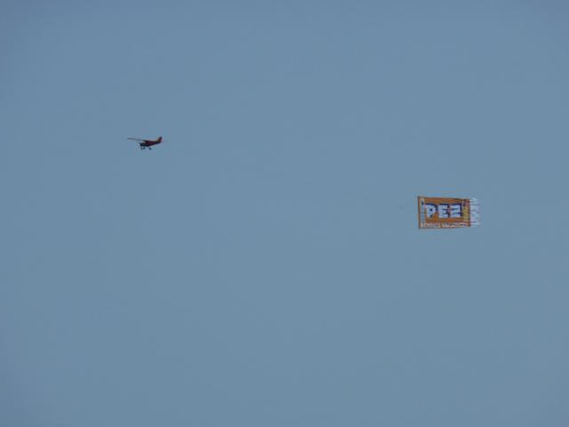 pez-fly-1.jpg